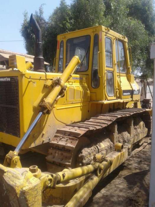 Vendo Tractor de Oruga Komatsu