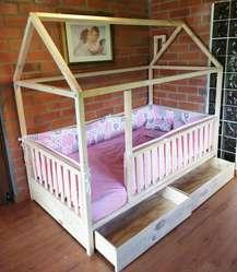 Cama Montessori con Barandas Y Cajones