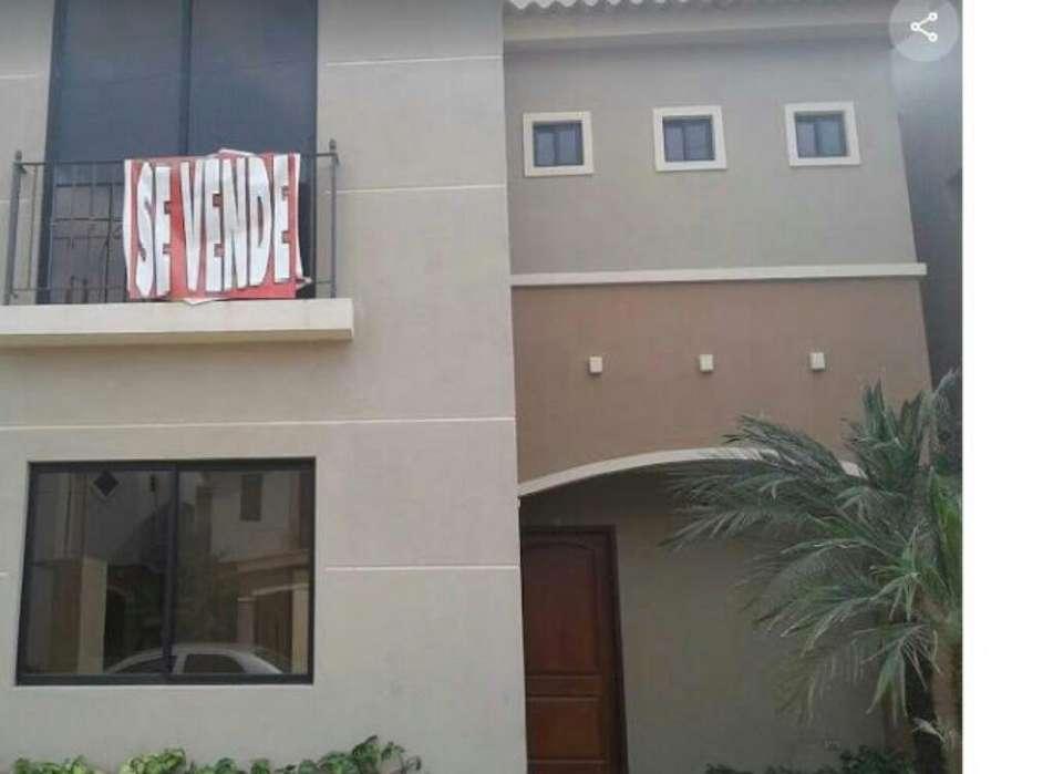 Venta de Casa en Plaza Madeira