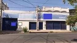 En Alquiler Galpón y Local en Barrio General Bustos