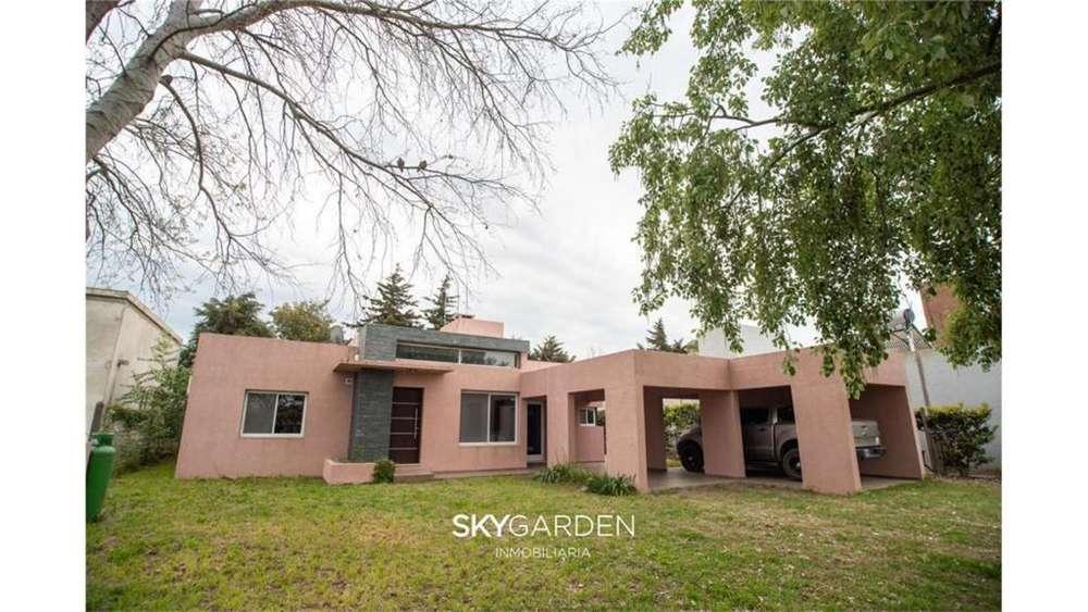 27 De Febrero 600 - UD 219.000 - Casa en Venta