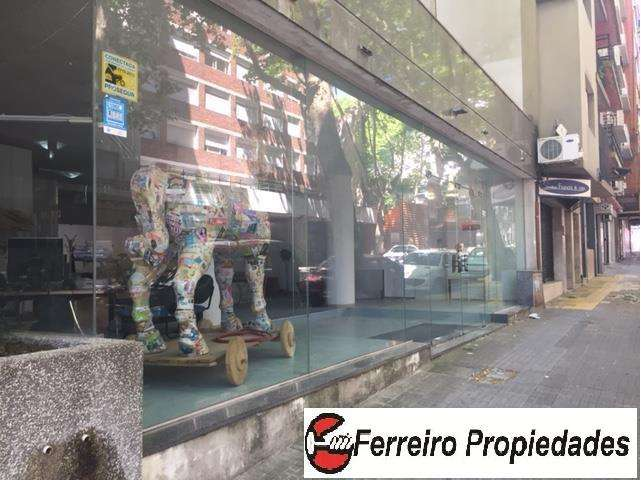 OPORTUNIDAD!!!!!ICENTRO MPECABLE LOCAL 320 m2 GRAN VISTA AL FRENTE
