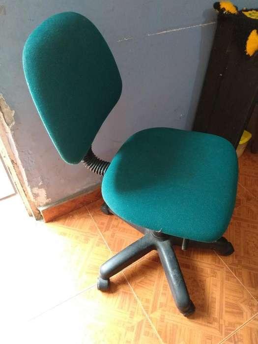 <strong>silla</strong> para Oficina con Rodachines