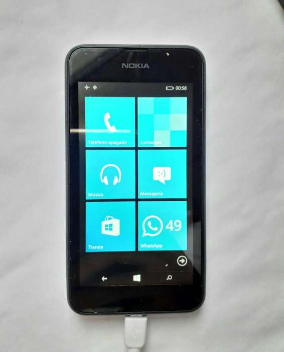 Nokia 630 con Cargador Impecable