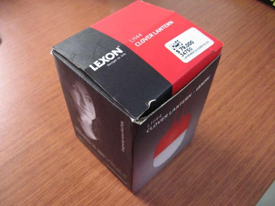 Lampara portatil LEXON Clover Lantern, exclusiva Inkanta Design Store. Color Rojo. Totalmente nueva.