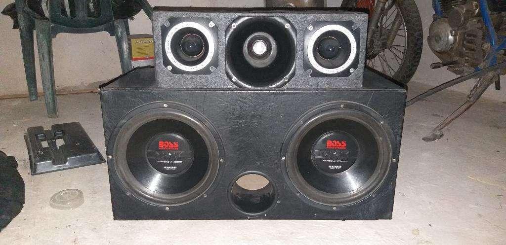 Vendo Caja de Sonido para Auto