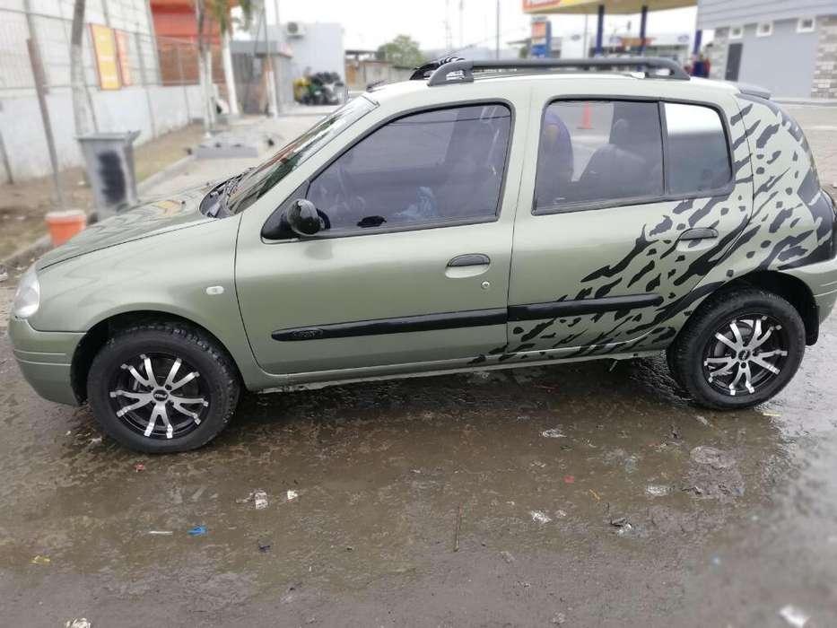 Renault Clio  2002 - 11110 km