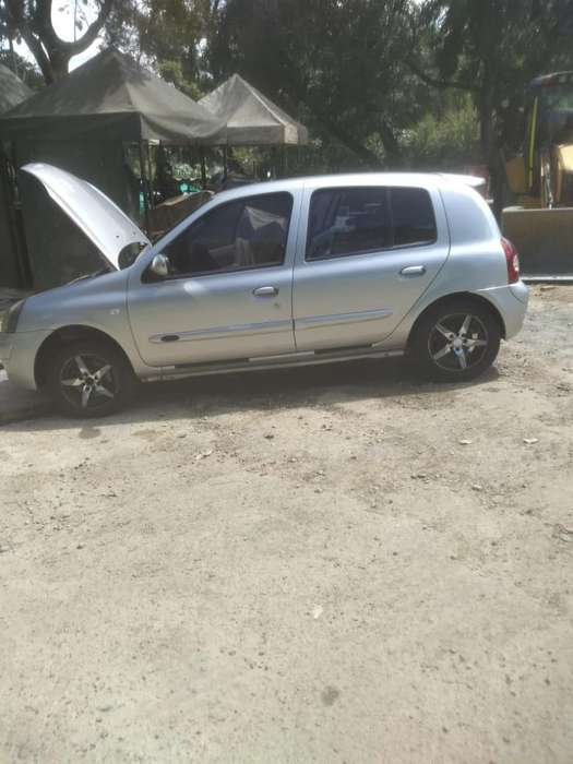 Renault Clio  2007 - 120264 km