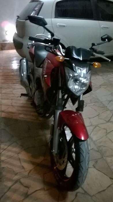 <strong>yamaha</strong> Fazer 250cc 2012