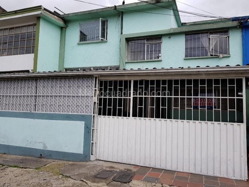 Apartamento En Arriendo En Bogota Alcazares Cod. ABAAV508
