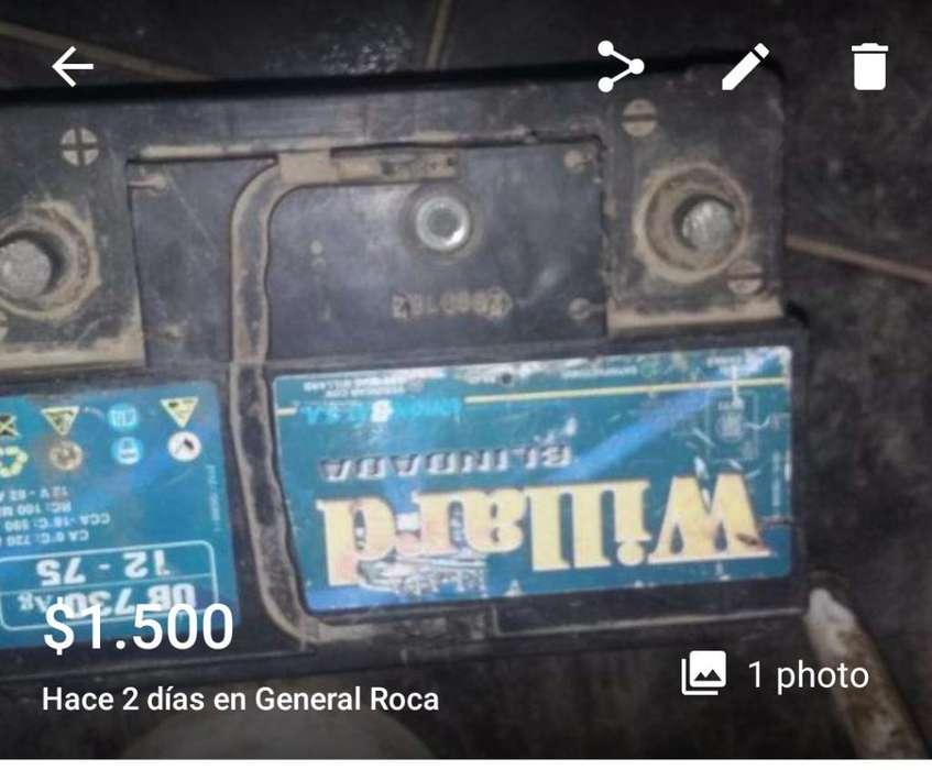 Vendo Bateria de Auto de 75