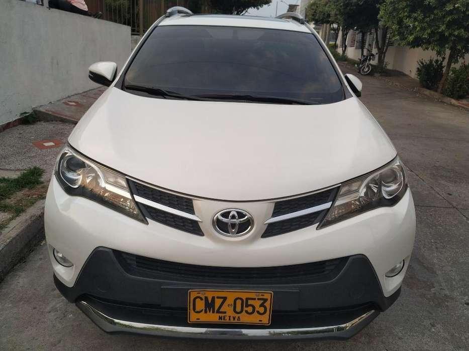 Toyota RAV4 2014 - 98000 km