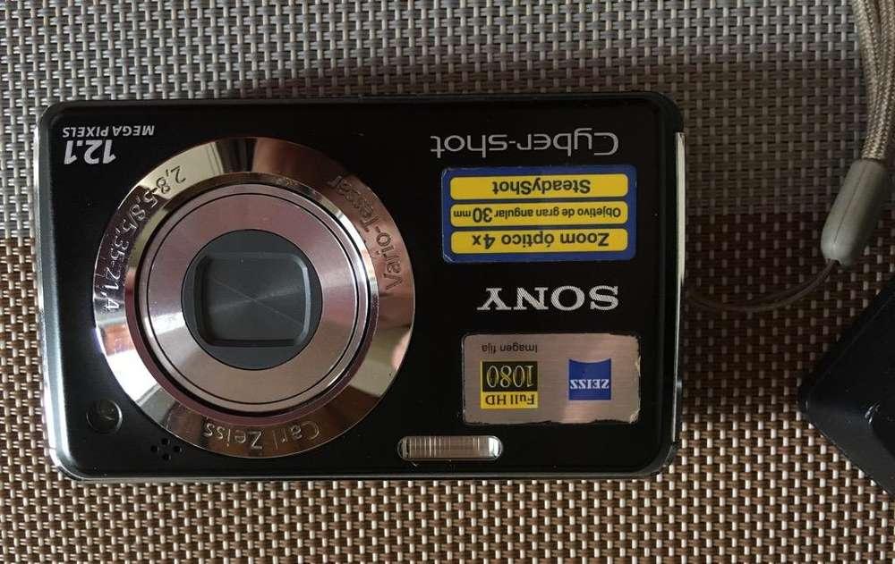 Cámara Sony Cyber-Shot 12.1 Mega Pixeles