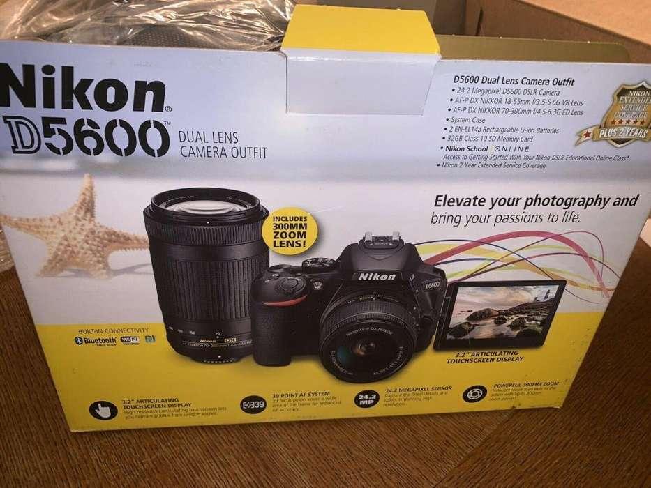 Camara Nikon D5600 2 Lentes 18-55 700-30 32gb Sd Maletin
