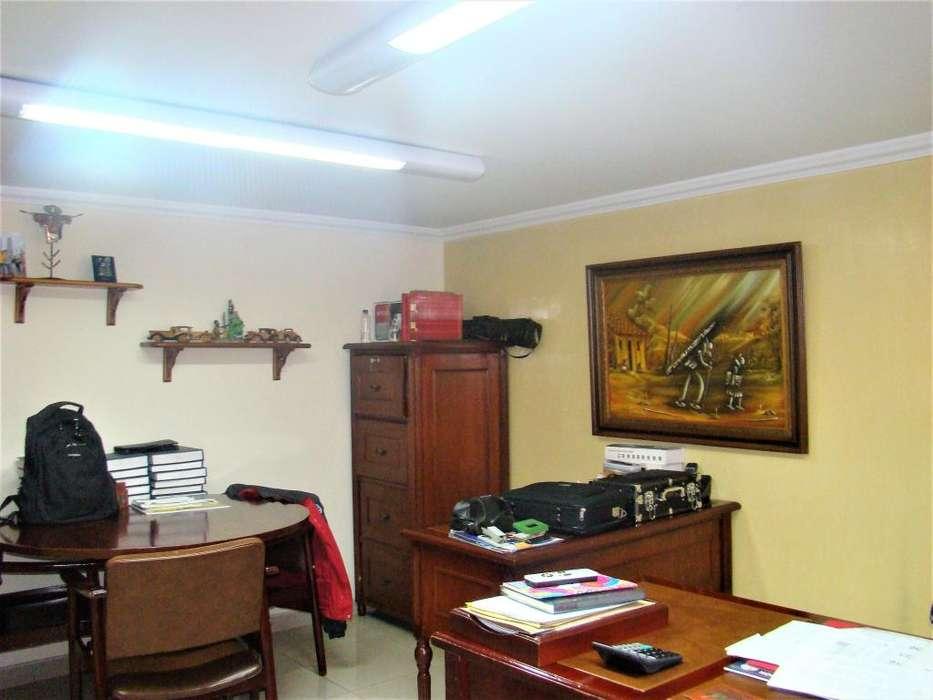 Venta <strong>oficina</strong> en Chapinero de 214,36 mts