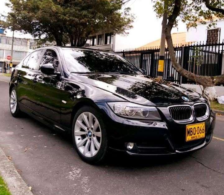 BMW Série 3 2011 - 53000 km