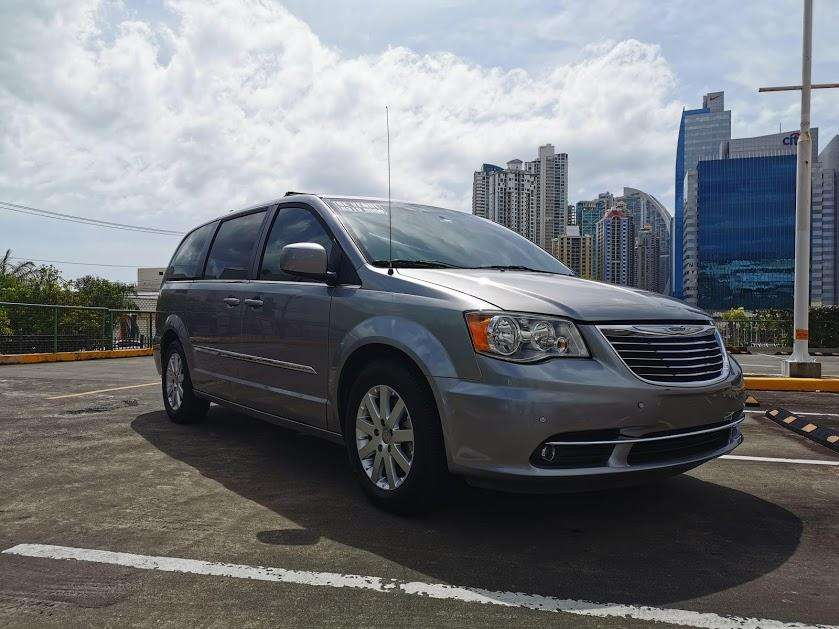 Chrysler Town & Country 2016 - 44970 km