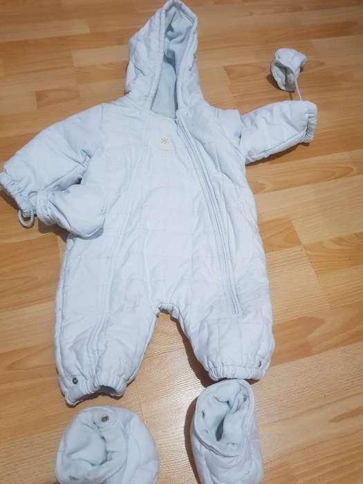 Enterito Tipo Astronauta Bebé Cheeky