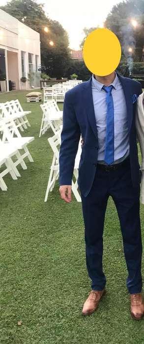 <strong>traje</strong> de vestir azul francia, entallado Slim Fit- Talle M - UN SOLO USO!!!!!