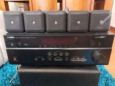 Amplificador Yamaha RXV473 con parlantes boston soundware XS 5.1