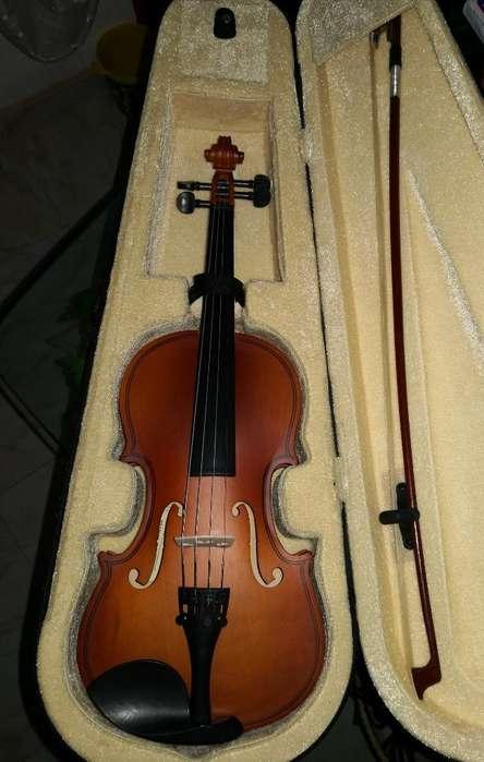 Violin Verona .medio 50 Cms