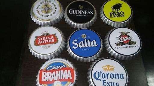 <strong>cartel</strong> chapas de cerveza