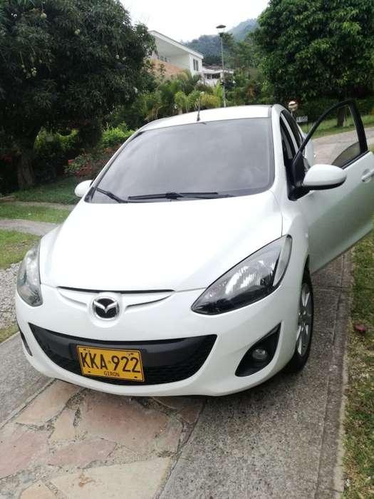 Mazda Mazda 2 2011 - 86000 km