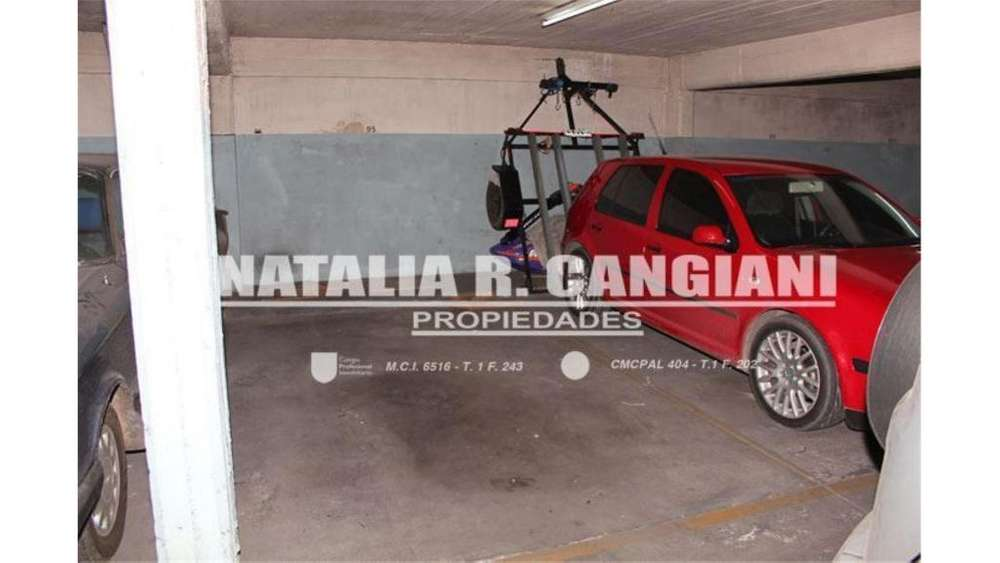 Jose Bonifacio 500 - UD 16.000 - Cochera en Venta