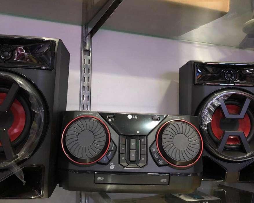 Nuevo Lg Equipo Minicomponente 3300W
