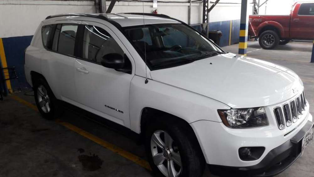 <strong>jeep</strong> COMPASS 2014 - 80000 km