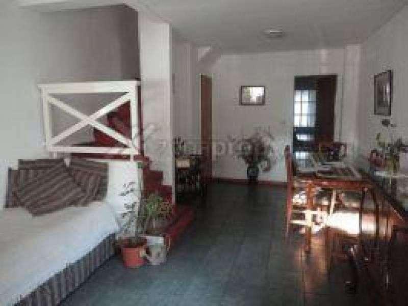 Barrio Los Robles - Almirante Brown - Bs.As. G.B.A. Zona Sur