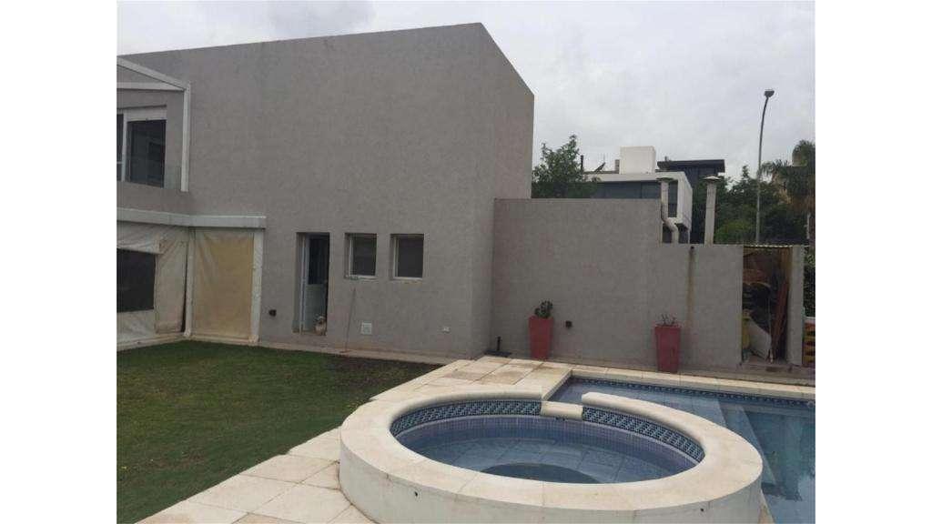 Blos SueÑos Venta 2 Plantas -valle Escondido  100 - UD 550.000 - Casa en Venta