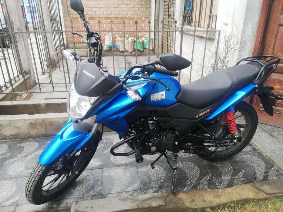 Honda 125 cb azul