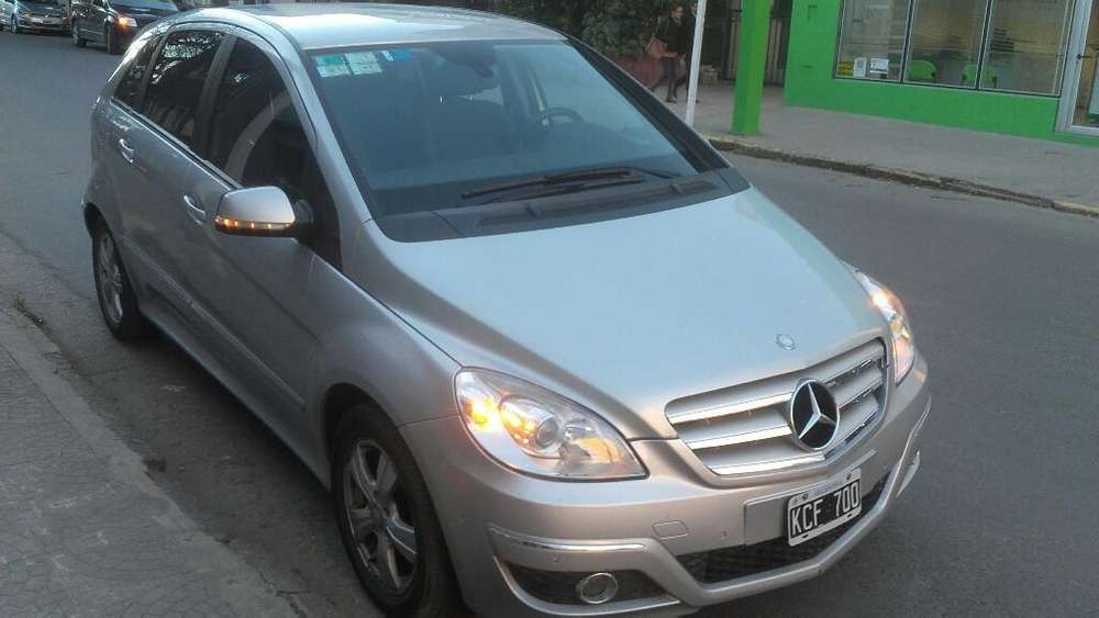<strong>mercedes-benz</strong> Clase B 2011 - 150000 km
