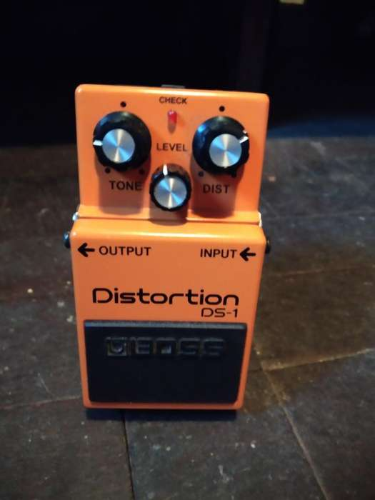 Vendo Pedal Boss Distortion Ds-1