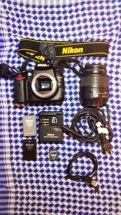 Kit Nikon D5000