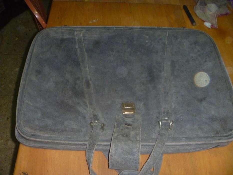 valija de viaje de tela gamuzada roshental sellada 2918