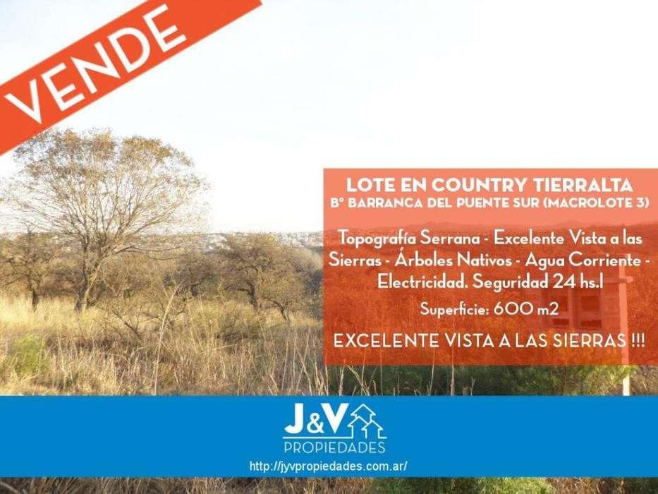 VENDO LOTE 600 M2 COUNTRY TIERRALTA MACROLOTE 3. EXCELENTE VISTA!!!
