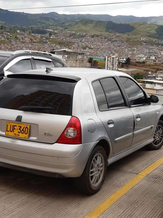 Renault Clio  2009 - 90000 km