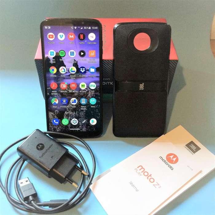 Motorola Moto Z3 Play con Motomod JBL 2. Excelente