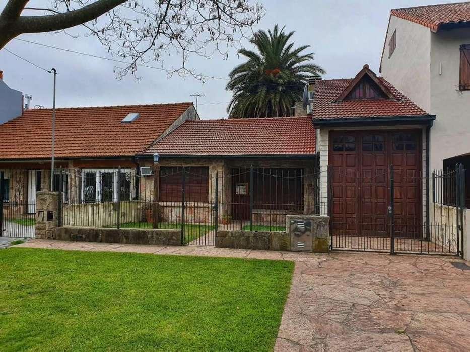 OPORTUNIDAD Casa con lote de 10x43mt // N Ficha 22730