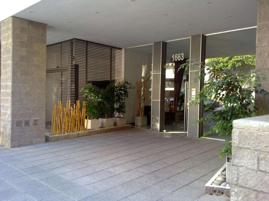 dueño alquila departamento de un ambiente en Caballito con balcón