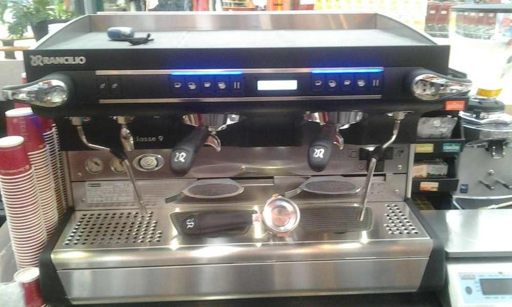 servicio de mantenimiento y reparación de maquinas de café y hornos