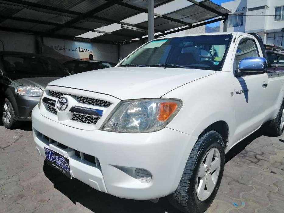 Toyota Hilux 2009 - 270000 km