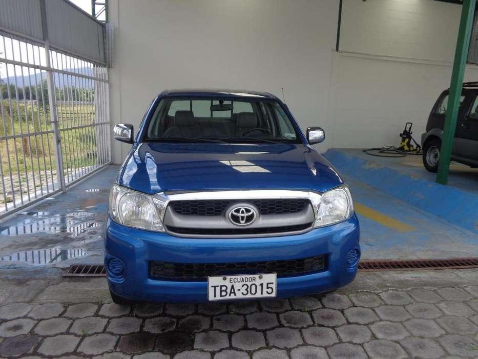 Toyota Hilux 2009 - 120780 km