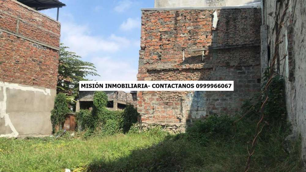 Terreno para construcción de 4 pisos