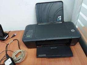 oferta 45 soles Impresora de Inyección a Color HP Deskjet 2000 imprimiendo color y negro cartuchos llenos