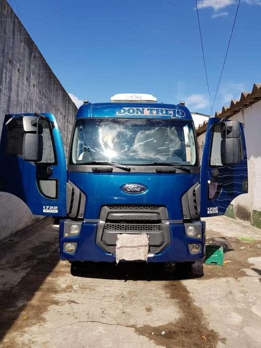 Camión Ford Cargo 1722 Impecable