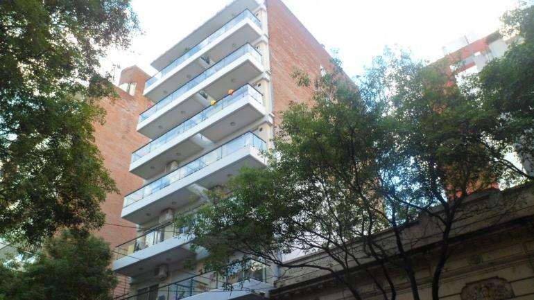 MB Negocios Inmobiliarios VENDE. JUJUY 1622 piso 5 A. Semipiso. Luminoso. Externo, balcón