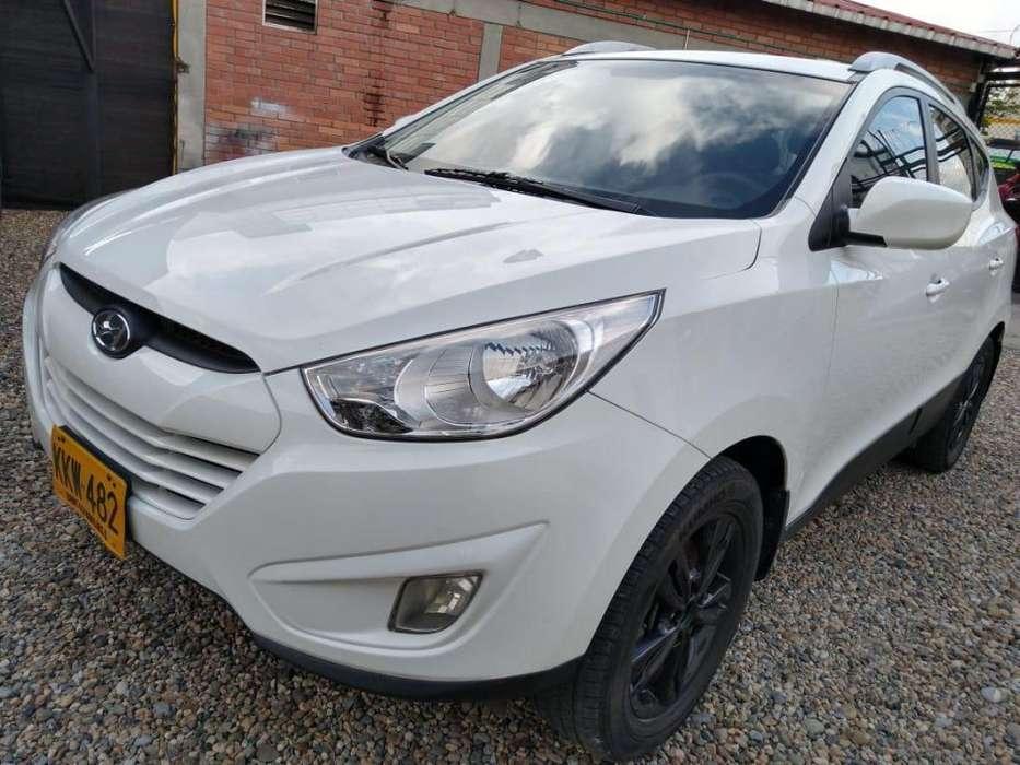 Hyundai Tucson ix-35 2012 - 66127 km